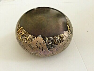 £10 • Buy Isle Of Wight Studio Glass Flat Topped Paperweight Michael Harris ?