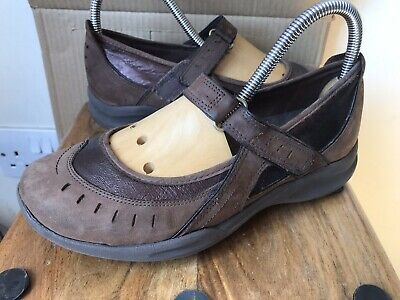 £14.99 • Buy Ladies CLARKS Wave 'Mary Jane' Leather Shoes - Size 4.5 D