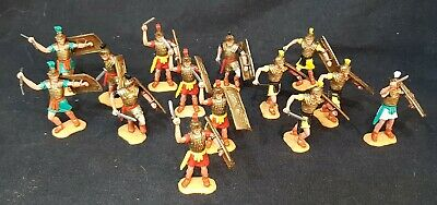 £50 • Buy Vintage Plastic Toy Soldiers - Fourteen Timpo Roman Infantry - Lot 2