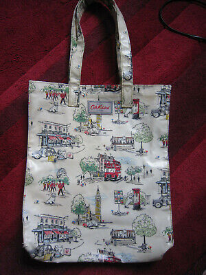 £5 • Buy Cath Kidston Oilcloth Shopper Bag-Billie Goes To Town