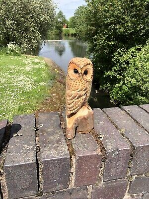 £25 • Buy Bespoke Chainsaw Owl Carvings In Wood OW1329