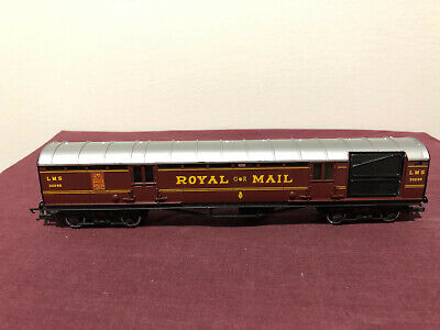 £21.87 • Buy Hornby R413 OO Scale LMS ROYAL MAIL CARRIAGE 30250 Model Railway - Pre-owned