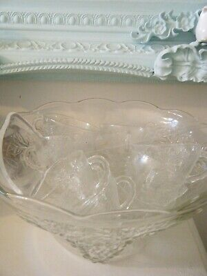 £15 • Buy Large  Vintage Punchbowl 12 Cups  And Ladle