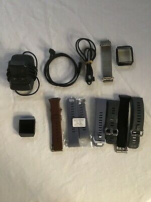 AU60 • Buy Fitbit Ionic Watch With Charging Unit, 2 Charging Cables And 7 Wrist Bands