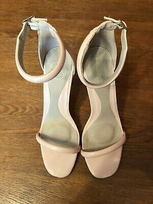 £10 • Buy Missguided Nude Stiletto Shoes Size 6