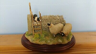 £120 • Buy Border Fine Arts 'Element Of Surprise' Border Collie And Sheep Model No B0089