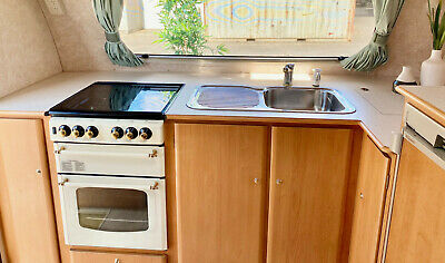 AU28500 • Buy Jayco Heritage Caravan, 21ft With Full Annex,  2004 With E/west Bed And Oven