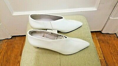 $34.77 • Buy Chic Rare H&M H & M Trend White Faux Patent Ankle Booties 9.5 NWT