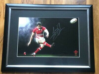 £79.99 • Buy Genuine Hand Signed Leigh Halfpenny Wales Framed Rugby Photo.-superb!!