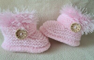 £5.99 • Buy New Baby  Booties  BORN IN 2022. 0-3Months  Hand Knitted Pink