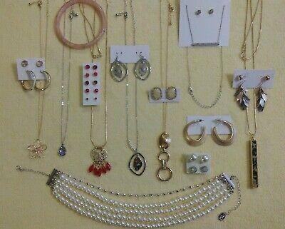 $ CDN11.33 • Buy Lovely Vintage To New Jewelry Lot Rhinestones Sets