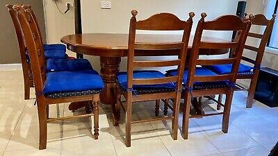 AU200 • Buy Solid Wood Oval Dining Table And 8 Chairs (Pick-up Only In Clayton VIC 3168)