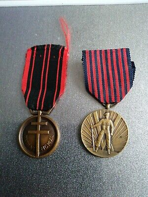 £25 • Buy House Clearance  2 Genuine Medals French And Czechslavakia War Medals