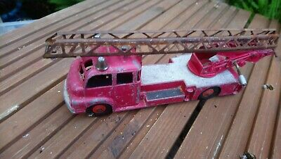 £5 • Buy Dinky 956 Bedford Turntable Fire Escape Engine
