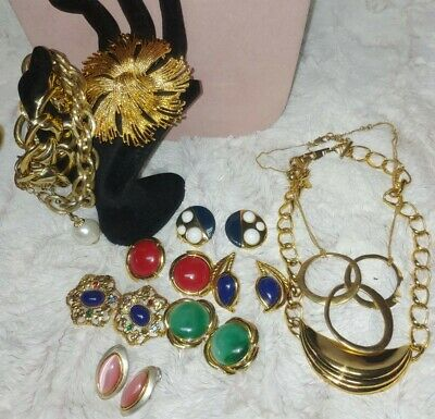 $ CDN25.16 • Buy Vintage Jewelry Lot Trifari, Monet, Unsigned Wearable Sellable 11 Pc.