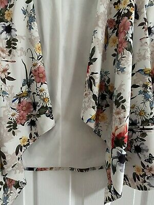 £5 • Buy New Look Floral New Waterfall Cardigan Size 16