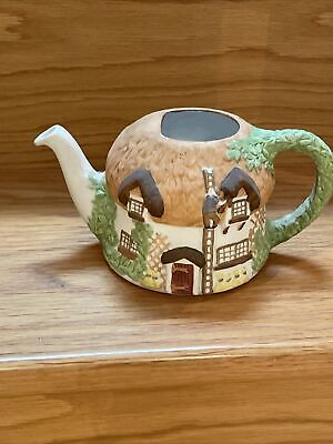 £3 • Buy COTTAGES TEAPOT - Christopher Wren - Staffordshire Pottery -  COLLECTABLE