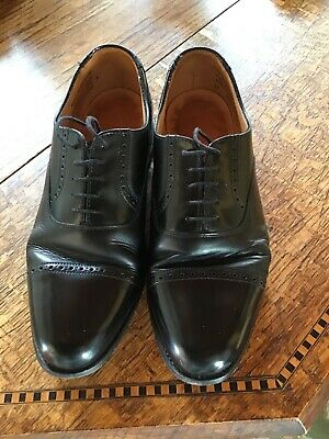£5 • Buy Mens Black Leather Shoes Size 8