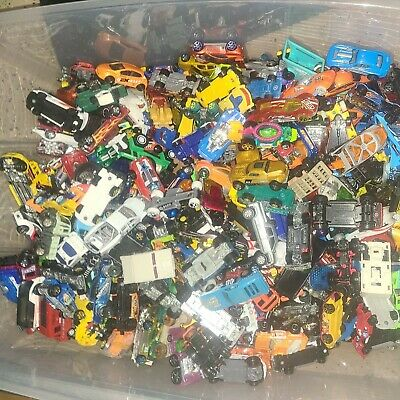 $27 • Buy UNSEARCHED Lot Of Over 2.5lbs Vehicles Hot Wheels Matchbox Maisto 1:64