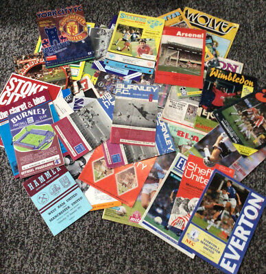 £5.99 • Buy Manchester United Away Programmes X48 Various Seasons Various Condition 👀