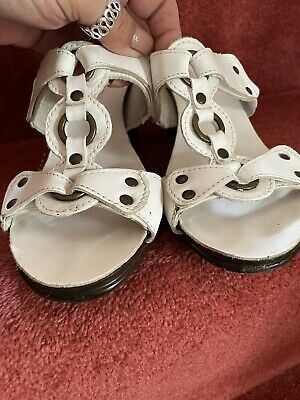 £6.50 • Buy Next Sole Reviver White Leather Wedge Sandals Size 6
