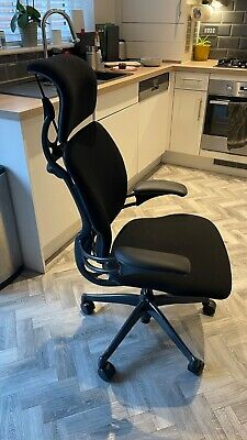 £725 • Buy Humanscale Freedom Office Chair - 2 Months Old