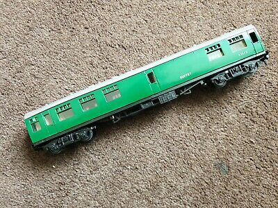 £10 • Buy Trix TTR MK1 Buffet Coach Southern Green Livery No.S1852 (OO Gauge) Unboxed