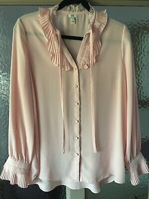 £6 • Buy RIVER ISLAND Size 10 Blouse, Versatile,  Dusky Pink With Pleated / Lace Detail