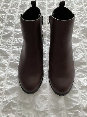 £10 • Buy Brand New Ladies Burgundy Boots Size 6 New Look