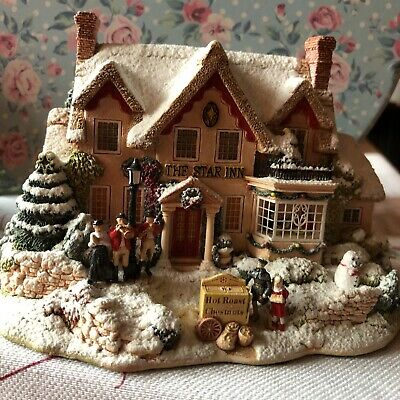 £26 • Buy Lilliput Lane  The Star Inn  Christmas Special Edition L2319. 2000 With Deeds