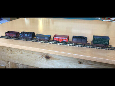 £5 • Buy 6 Dapol OO Wagons, Southern/Western Areas. Unboxed, Added Coal.