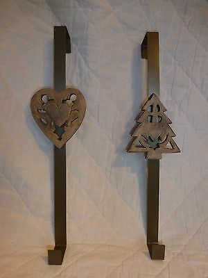 SALE UK-Gardens Rustic Metal Christmas Wreath Door Hanger 2 Styles Tree Or Heart • 11.99£