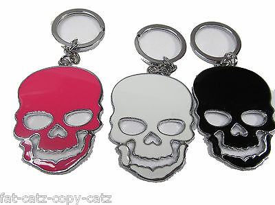 LARGE SCARY SKULL ENAMEL METAL KEYRING GIFT CHARM 3 COLOURS:PINK, BLACK Or WHITE • 3.99£
