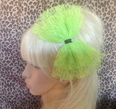 £3.99 • Buy BIG BRIGHT NEON GREEN LACE BOW ALICE HAIR HEAD BAND 80s RETRO PARTY FANCY DRESS