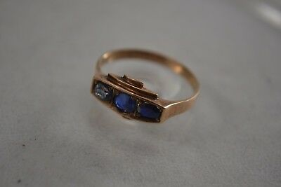 VINTAGE 1940s ART DECO Gold And Sapphire 3 Stone Ring Size K • 150£