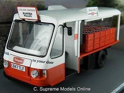 $55.89 • Buy Wales & Edwards Milk Float 1/43rd Scale Unigate Dairy 1980's Version R0154x{:}