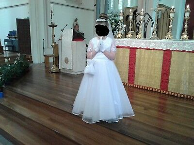 Designer Communion Dress With Veil, Tiara, Bag And Gloves. Age 8. Worn Once. • 100£