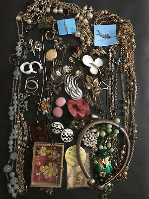 $ CDN42.41 • Buy Large Lot Of Vintage Costume Jewelry Including Designer Pieces