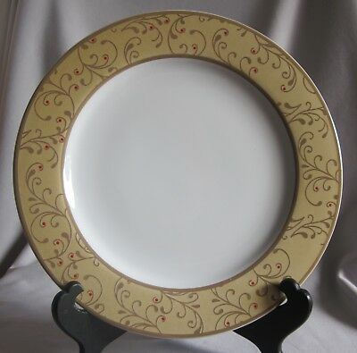 $10.50 • Buy Dinner Plate Roscher & Co. Christmas Scroll Pattern