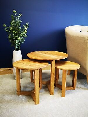 Brooklyn Oak Nest Of 3 Tables - Solid Wood Circular Nested Set - Round Side End  • 89£