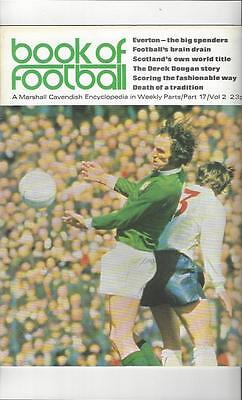 Book Of Football Marshall Cavendish 1972 Part 17 • 4£