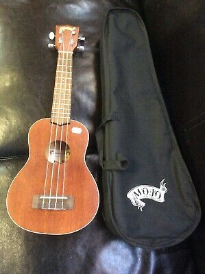 AU120 • Buy Mojo Sporano Ukulele With Bag MSU-50-NST