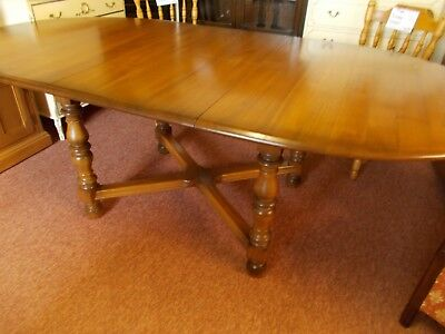 Ercol Woburn Extending Dining Table • 495£