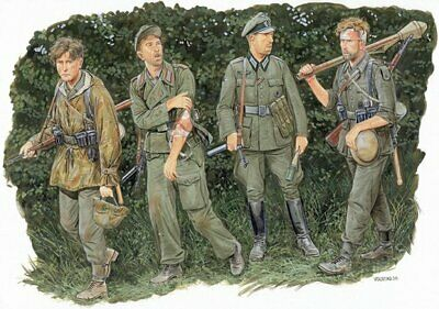 Dragon GERMAN Wounded Soldier 1/35 Soldiers Figures Model Kit • 12.67£