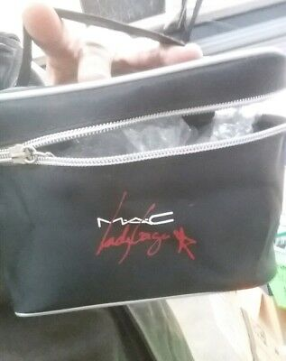 NEW Cosmetic Bag With Mirror Lady Gaga£8.99 Free P&P!!!  • 8.99£