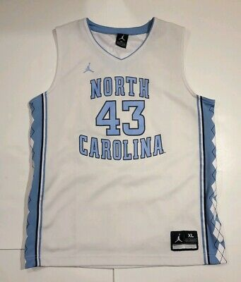 detailed look 939e1 41867 north carolina jordan jersey
