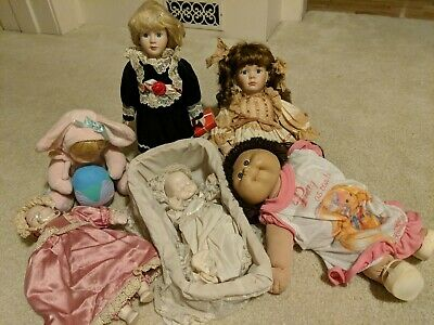 $ CDN2.69 • Buy Porcelain Doll Lot 12 -17