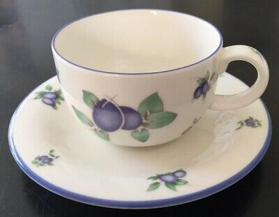 Royal Doulton Blueberry Cup And Saucer • 7.50£