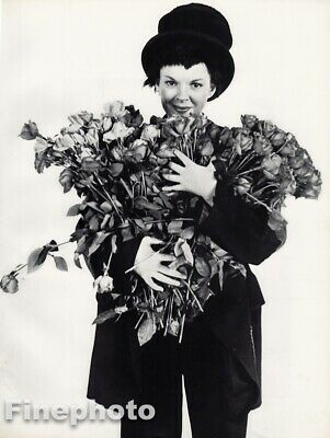 $187.23 • Buy 1951 Judy Garland By Richard Avedon Actress Singer Movies Film Vintage Photo Art