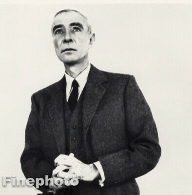 $117.26 • Buy 1958 Dr. Robert Oppenheimer Nuclear Physicist - Richard Avedon Vintage Photo Art